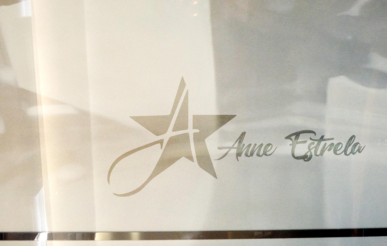 1 - Logotipo para Anne Estrela